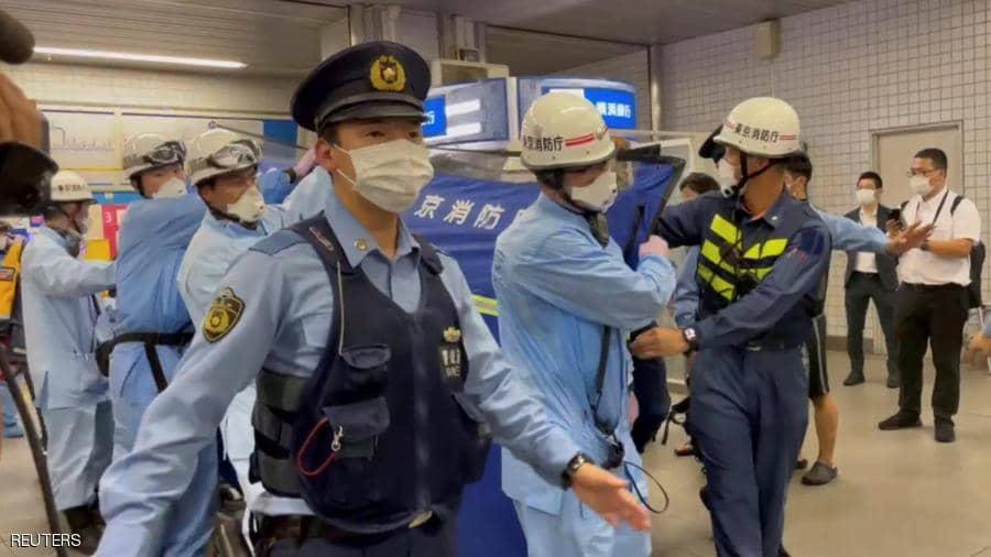 رجل في أليابان يطعن 10 نساء لأنهم ابتسموا فقط...