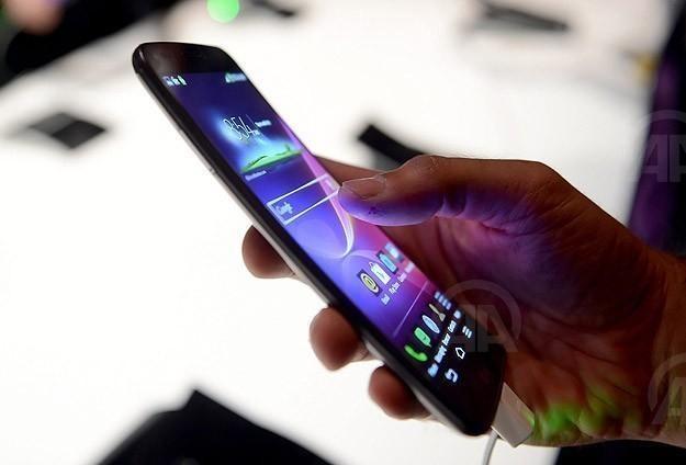 أكبر أحتيال ألكتروني في العالم يخترق هواتف أندرويد...