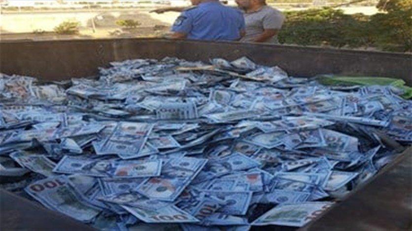 مشهد صادم استفاقت علية لبنان ... آلاف الدولارات في مكب النفايات