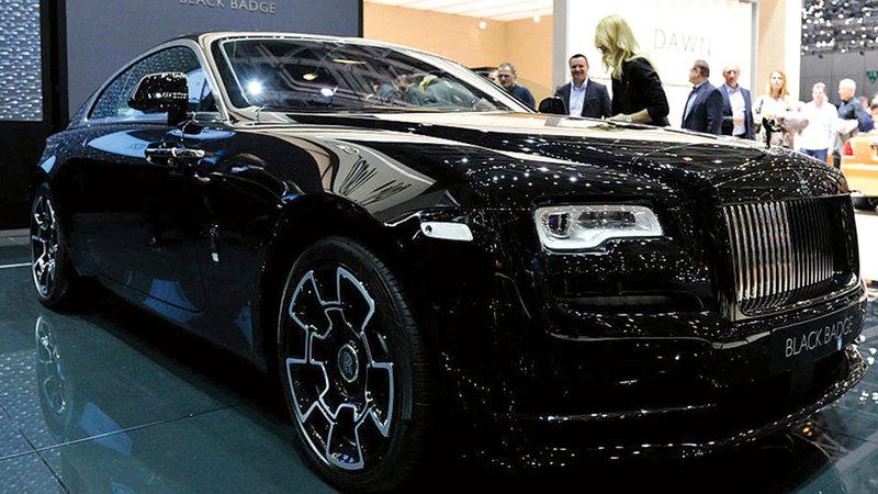 لأول مرة رولز رويس تكشف عن سيارة كهربائية بسعر خيالي...