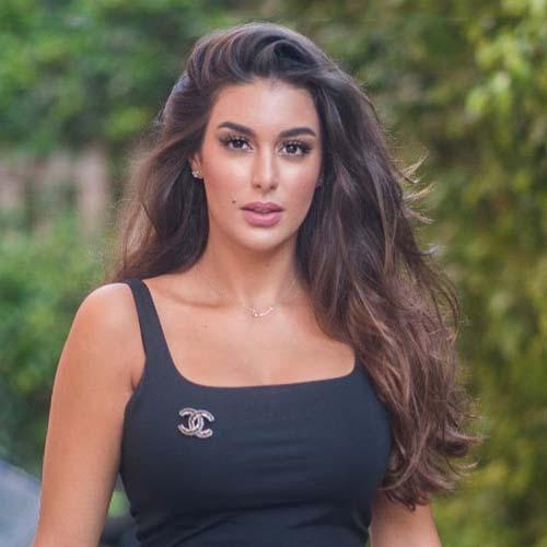 ياسمين صبري وردها على منتقذيها على منشوراتها بمواقع التواصل